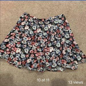 Dresses & Skirts - Hollister skirt